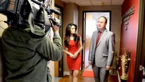 Adriana Ruggiero de Canal 62 L.A. entrevista al abogado Petro Kostiv.